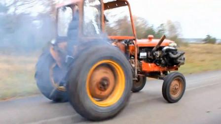 老外给拖拉机装沃尔沃发动机,一加油门差点玩脱了