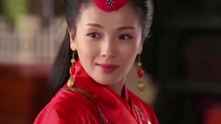 芈月传,芈姝打扮的光鲜亮丽为大王祝寿, 却比不上芈月的一身素锦