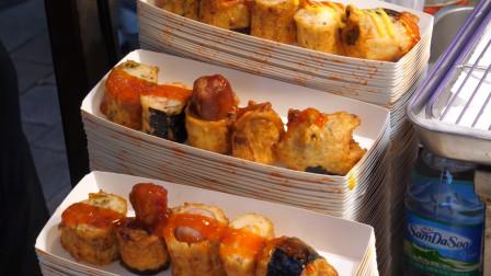 韩国美食市场,特色鱼糕,蟹柳和香肠你选哪样?