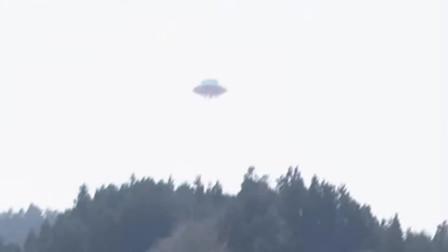 实拍UFO降落山中画面,应该没有比这再清晰的了