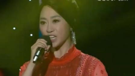金婷婷现场演唱《我的祖国》, 红歌经典, 气势磅礴!