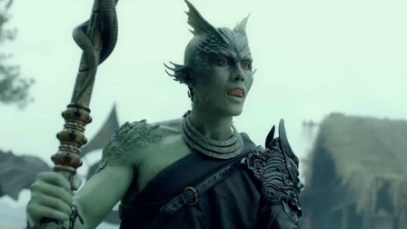 怪兽装成河神欺骗村民,被姜子牙一眼看穿,最新魔幻动作电影