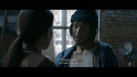 陈坤想回去救黄渤,却被舒淇阻止,还吐槽他是自大狂