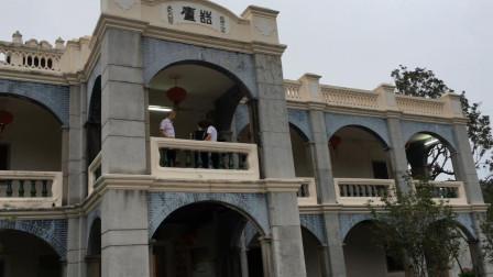 广东梅州一座中西合璧的古建筑豪华气派这里出了一位副省长