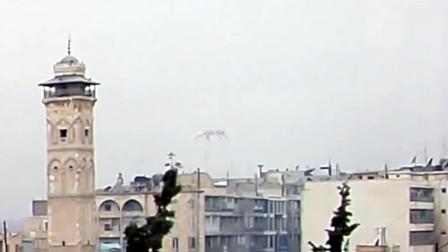 实拍城市上空UFO画面,看上去像异形在张牙舞爪