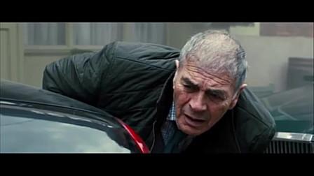 影片《幸存者》(007追杀生化女)惊险片段