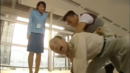 冲上云霄:男子缠着苏怡不放手,没想苏怡男友出场贼霸气,男子怒