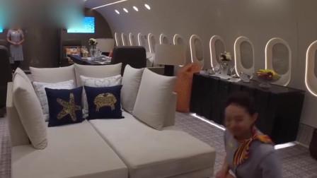 空姐下了飞机后,为何睡酒店不回家睡?机长偷偷说出实情