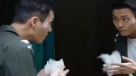 李现嘲笑陈伟霆娘里娘气,结果却被反笑回去?