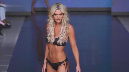 美女模特真大气,在男男女女面前展示自己的身材,很是淡定