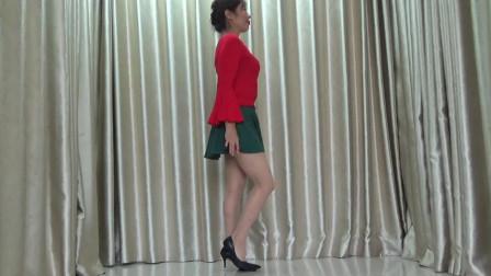 洋雪梅广场舞《最美丽的姑娘》
