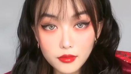 美妆:哥特风小魔女妆容教程,你学会了吗?