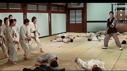 独臂拳王:这才是少林残拳,一人挑战日本六大高手,招式凌厉