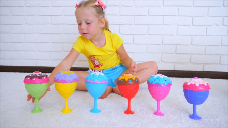 太有趣了!萌娃小萝莉得到了好多美味的小蛋糕啊,她能吃的完吗?