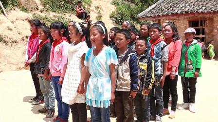 为了让孩子们走出大山,乡村老师坚守农村24年,一部正能量电影