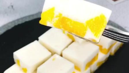 芒果牛奶冻,做了100遍果冻了,怎么吃都吃不够