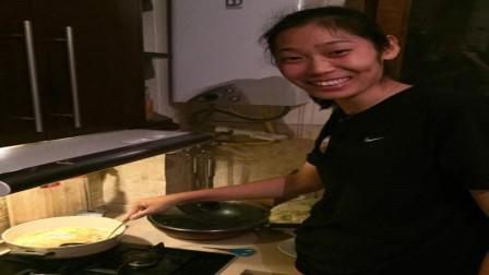 张常宁亲自为郎平煮面,一细节显示,她的手艺确实没有朱婷好