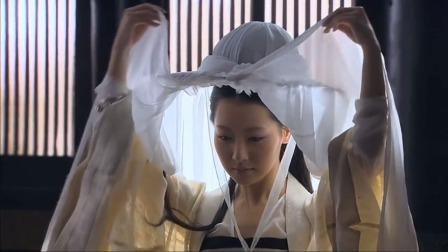 凰图腾:皇后想让风燕在皇上面前出丑,不料风燕惊艳出场,脸疼