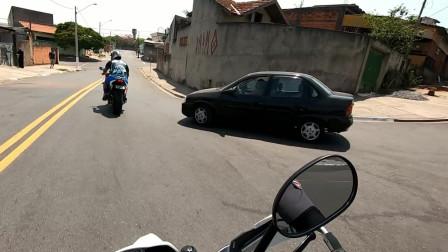摩托车声浪太响容易惹麻烦