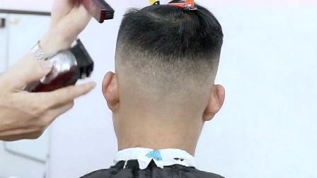 男人脸大这款发型都应该试一试,干净,立体,很有型!