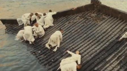 李连杰参演电影《白蛇传》水漫金山寺, 为了效果逼真, 用了十车水!