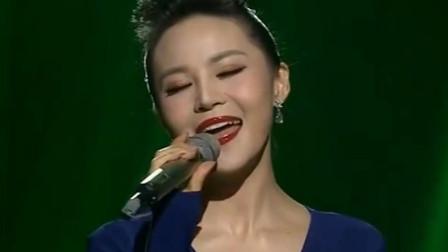 美女歌手王欢演唱《爱似水仙》, 悦耳醉人的歌声, 唯美动听!