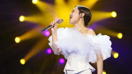 韩红做梦都想不到,自己花巨资买下的这首歌,竟为云朵做了嫁衣