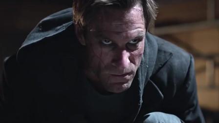 屠魔战士:男子手持双棍,恶魔过来找他麻烦,却被他解决了
