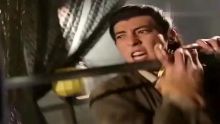 笑傲江湖:令狐冲独孤九剑大战任我行吸星大法,此战百年一遇,打的太精彩了