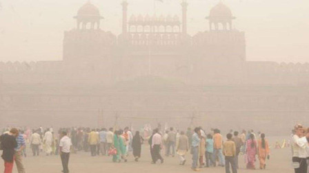 雾霾指数爆表,新德里宣布进入紧急状态,专家:早学中国就完事了
