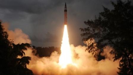 印度连续试射多枚导弹,向巴盟友发出警告