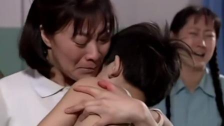 母亲:红兵快不行了,妈妈要最后抱抱他,不料给小红兵创造了奇迹