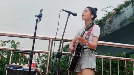 花姐翻唱一首徐誉滕的《天使的翅膀》独特嗓音唱出不一样的感觉