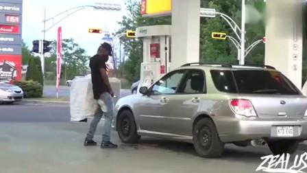 """要不是加油站的监控,都不知道这位小伙怎么被""""打死""""的"""