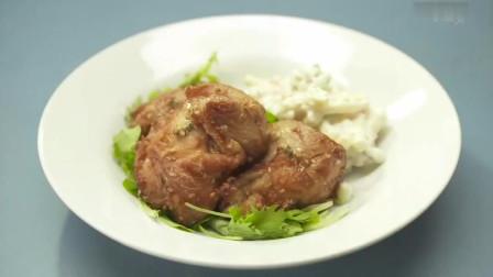 《孤独的美食家》蒜蓉拌毛豆,配上鸡肉通心粉,好吃