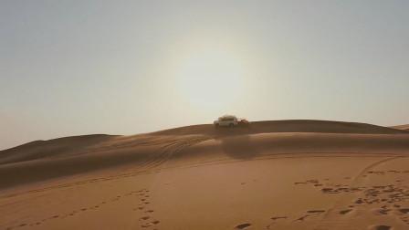 迪拜体验200人民币的冲沙套餐,为何当地人亏本也要做?