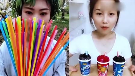 小姐姐直播吃彩色吸管糖,小时候最喜欢吃了