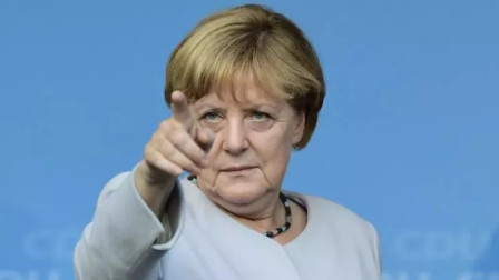 因为对华这作了个错误决定,德国经济全面刹车,损失高达697亿