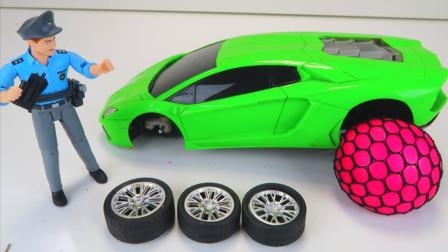 萌宝益智玩具:警察为何把汽车轮胎卸下来?还要用橡皮泥当轮胎