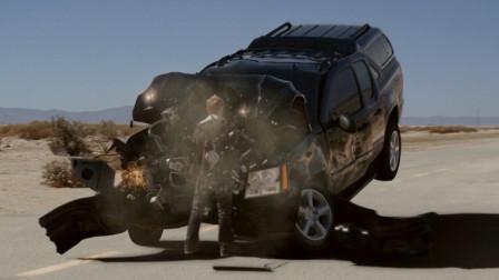 一部别出心裁的科幻片,出租大哥载客遇到外星人,顺道拯救了地球