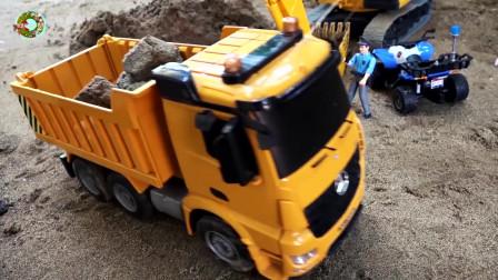 铲车和直升飞机玩具,挖掘机,大卡车玩具