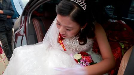 新郎从小学就开始暗恋的女神,今天终于走上了婚姻的殿堂!