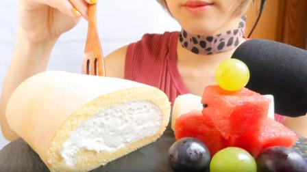 吃美食的声音:小姐姐吃奶油蛋糕、西瓜、葡萄、发出的咀嚼声!
