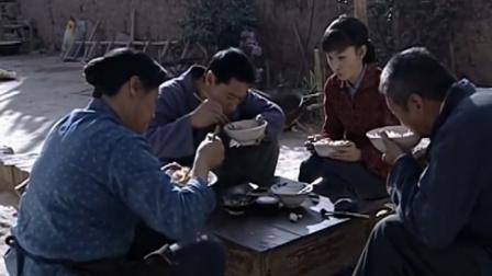 上门女婿:四辈吃了碗面就饱了,不料爹直言:咱家粮食够,放开吃
