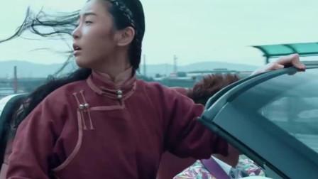 一场车祸引发的穿越抗战电影,豆瓣2.3分,沟长含泪吐槽!