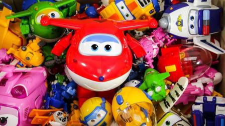 萌宝益智玩具:超级飞侠英语小课堂开课啦!学英语认颜色就找乐迪