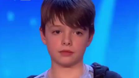 英国达人秀:13岁外国小男孩演唱原唱歌曲一开口直接惊艳全场