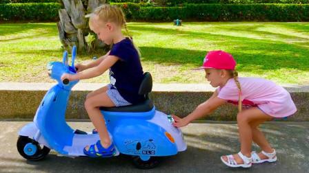 萌宝卡通玩具:小萝莉的小汽车怎么了?为何小萝莉一直拽着不放手