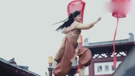 锦绣未央:公主女扮男装遇见拓跋浚,不料被看穿,这下如何收场呢?