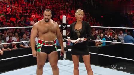 WWE:情侣台上秀恩爱,性感美女上台挑衅,一招让对手尖叫连连!_0001